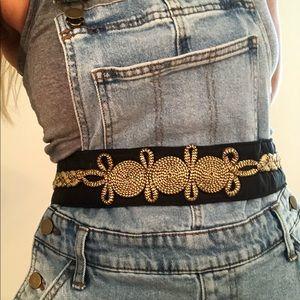 Accessories - Vintage gold and black tie belt